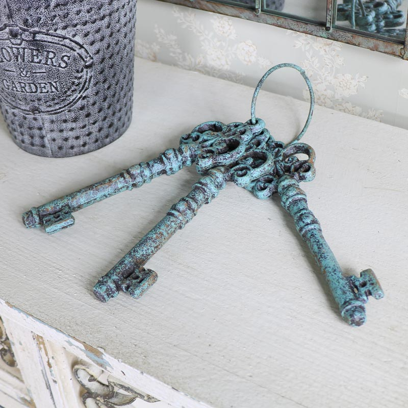 Large Ornamental Verdigris Keys on Keyring