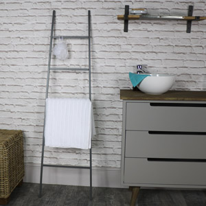 Tall Black Metal Ladder Towel Rail