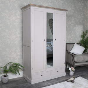 Large Double Wardrobe with Centre Mirror - Cotswold Range